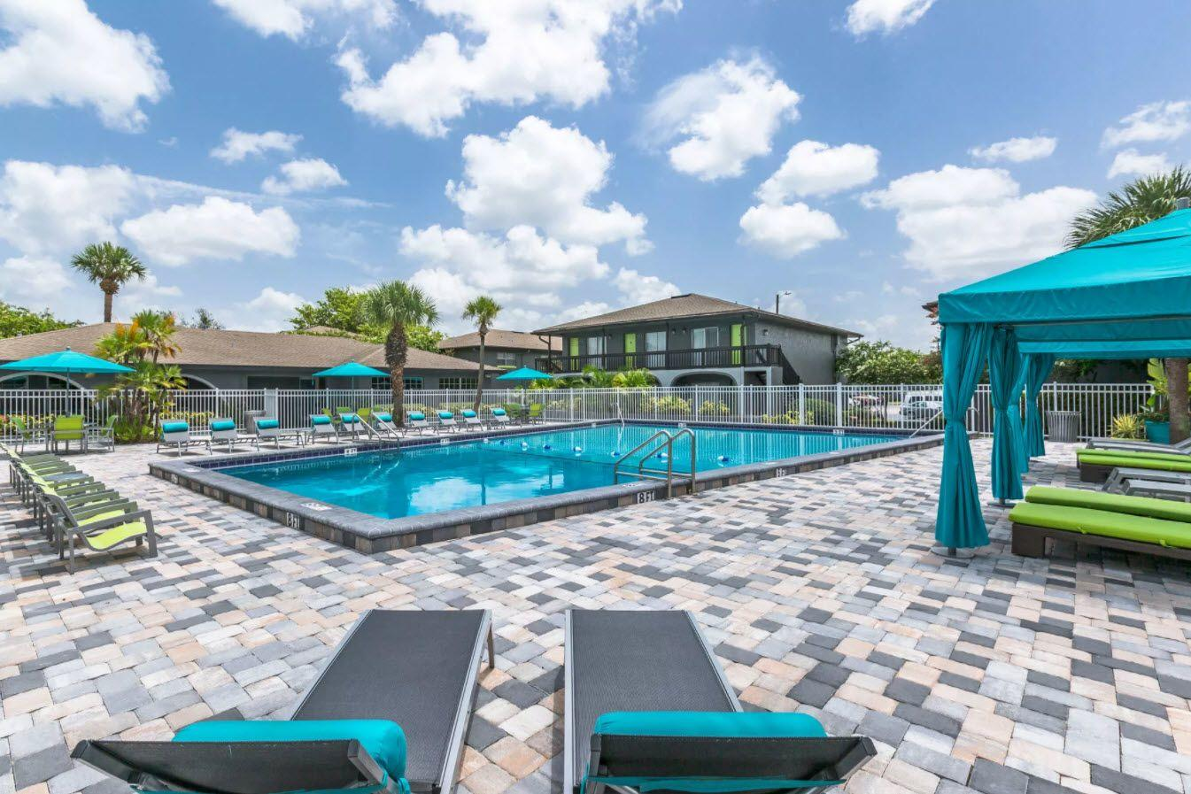 Florida & Maryland Apartments | Robbins Property Associates